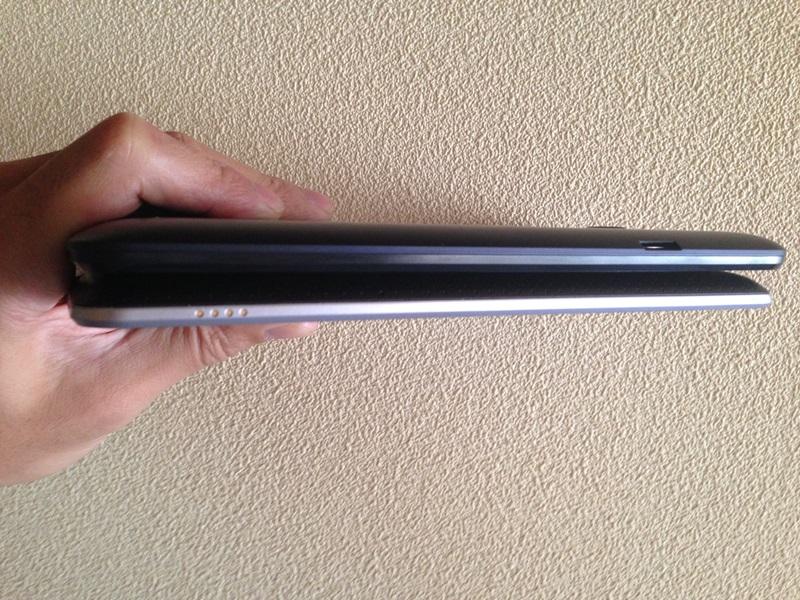 Nexus7(2012)、MeMo Pad ME173右面