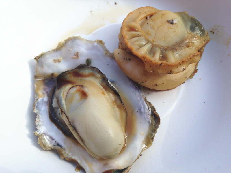 帆立貝柱と生牡蠣