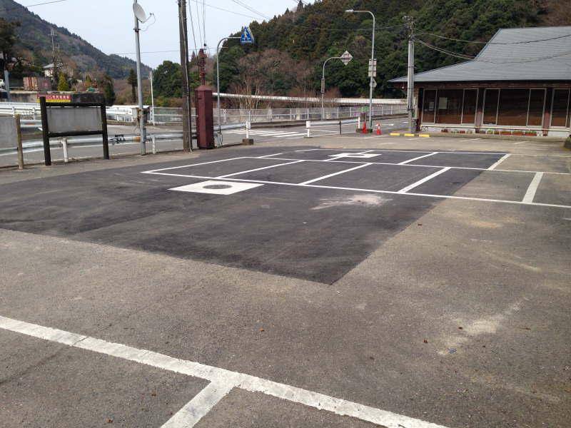 工事が完了した滝畑ダム湖畔レストラン駐車場