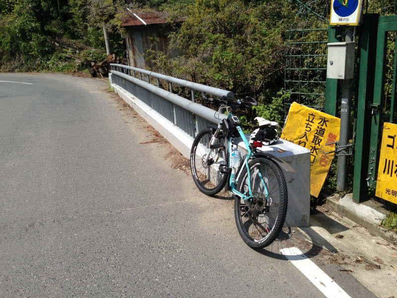 鍋谷橋(鍋谷峠TTスタート地点)