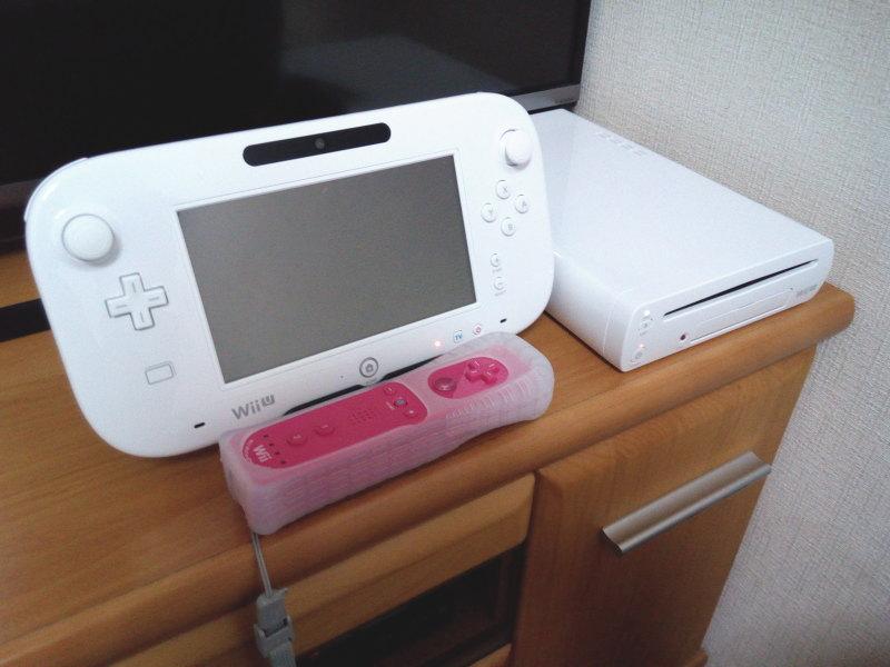 Wii Uゲームパッド+本体+リモコンプラス
