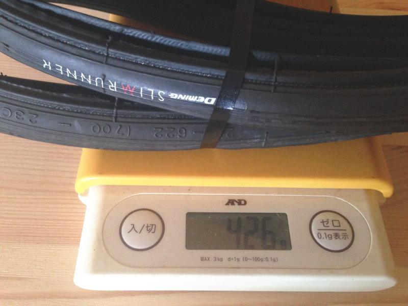 シンコー・スリムランナーの重量は425g以上(前輪)