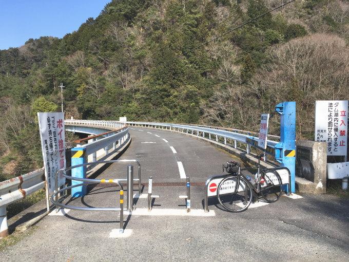 滝畑ダム東岸に自転車道が整備されました