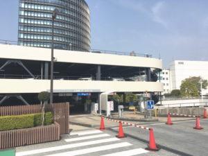 トヨタ会館前駐車場